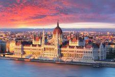 Live webcam Budapest - parliament