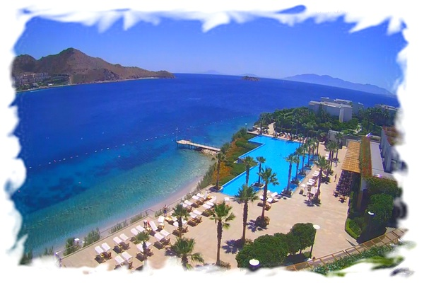 sea-and-beach-at-the-hotel-xanadu-island-bodrum